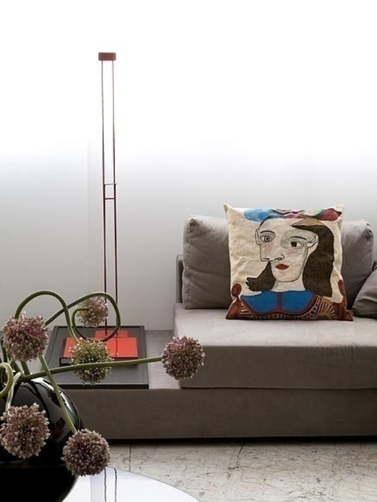 STUDIO CAMILA VALENTINI Living roomSofas & armchairs