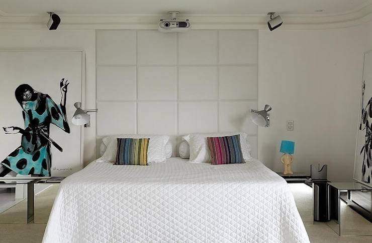 Modern style bedroom by STUDIO CAMILA VALENTINI Modern