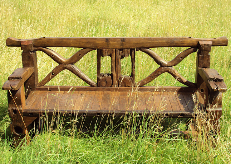 Ox Cart Axl Bench: rustic  by Garden Furniture Centre, Rustic