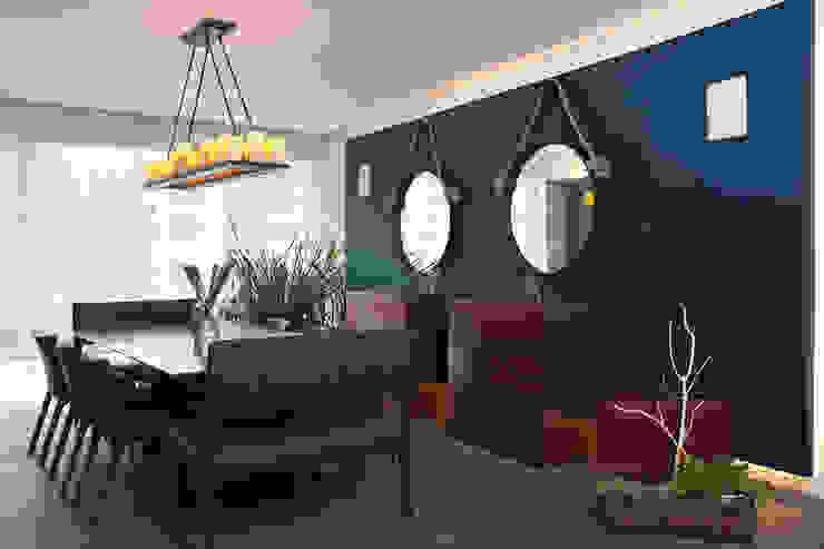 Departamento DL Comedores de estilo moderno de kababie arquitectos Moderno