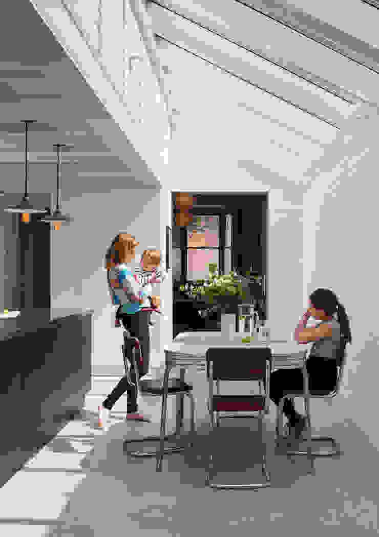 Kitchen Diner Comedores de estilo industrial de Mustard Architects Industrial