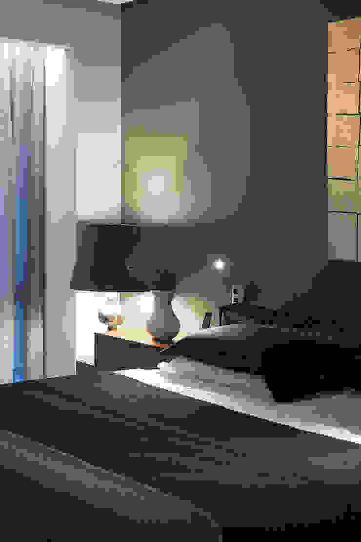 kababie arquitectos Camera da letto moderna