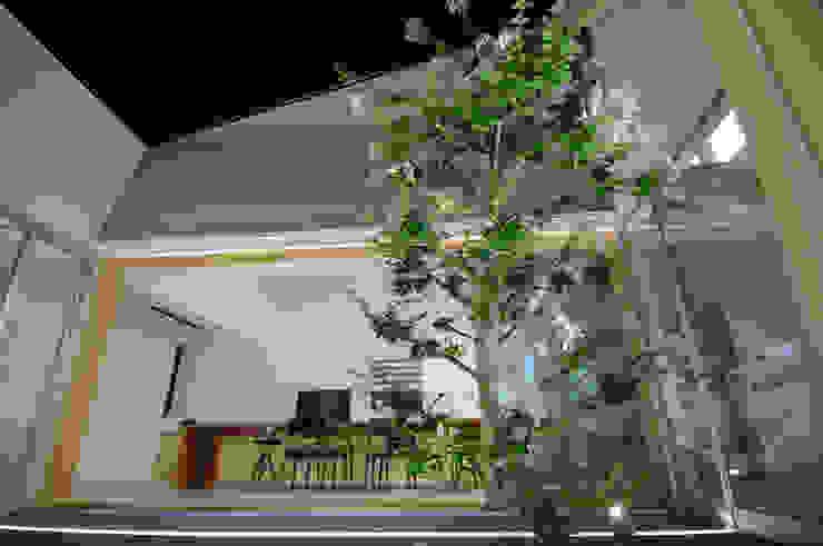 泉台の家 オリジナルな 庭 の 株式会社ギミック オリジナル