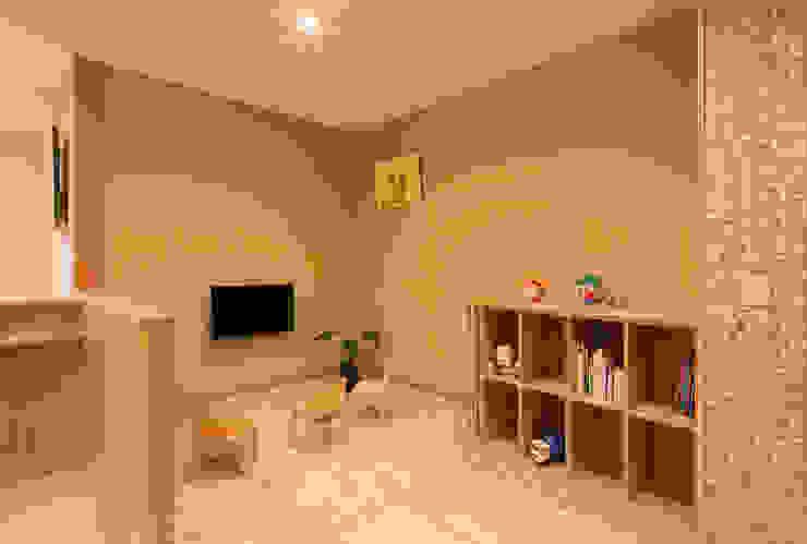 キッズコーナー オリジナルデザインの 子供部屋 の 矩須雅建築研究所 オリジナル