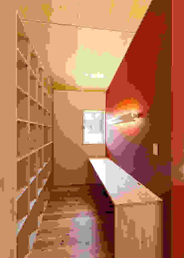 HOUSE M ラスティックデザインの 書斎 の 株式会社 長野総合建築事務所 ラスティック