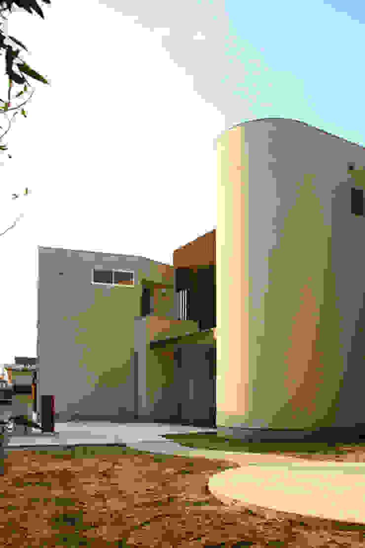 中津O邸 Nakatsu O house モダンな 家 の 一級建築士事務所たかせao モダン