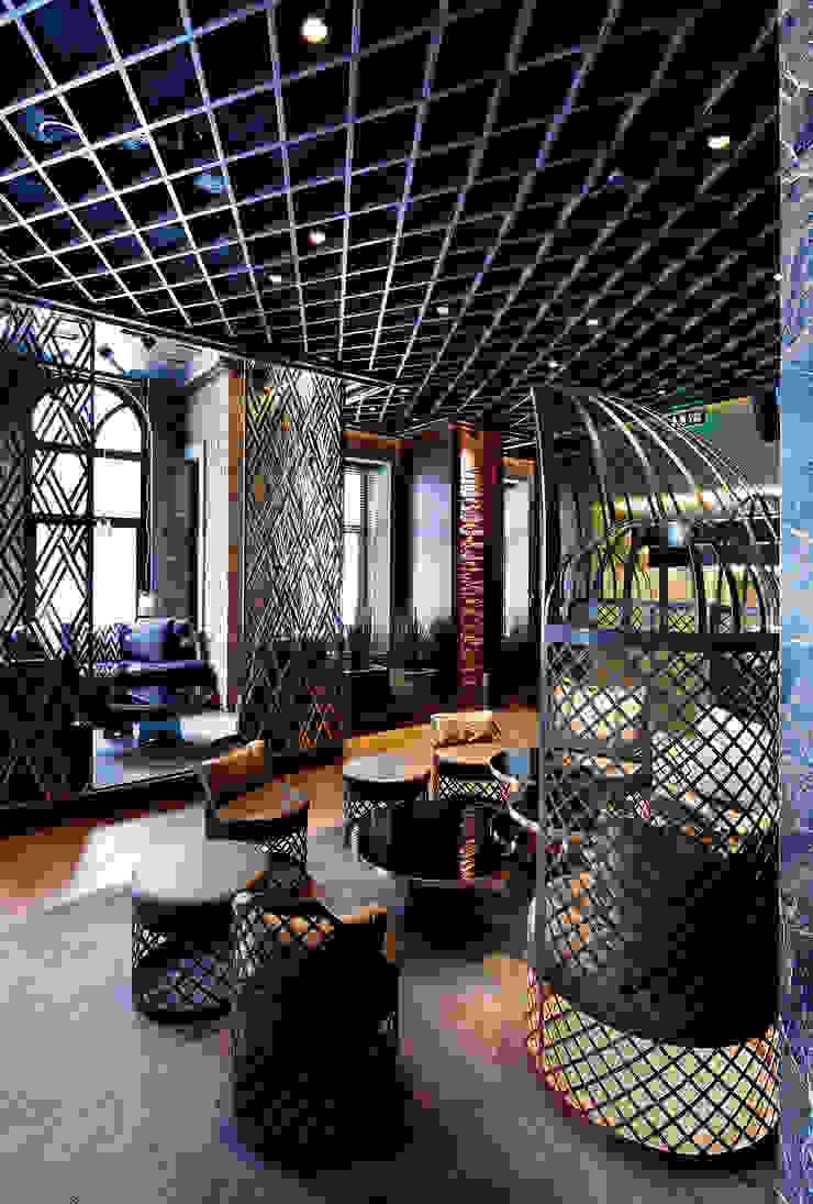 333 Modern hotels