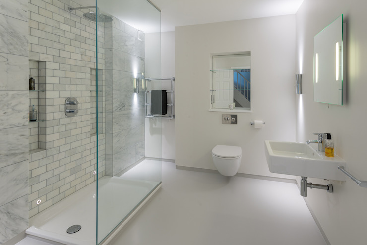 Bathroom by Will Eckersley, Modern
