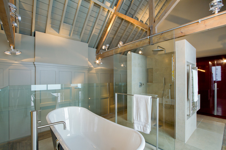 Warwick Place Industrial style bathroom by Will Eckersley Industrial