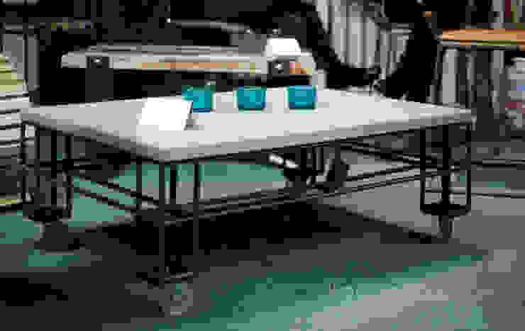 "Stół ""Paleciak"" od Konceptdesign Industrialny"