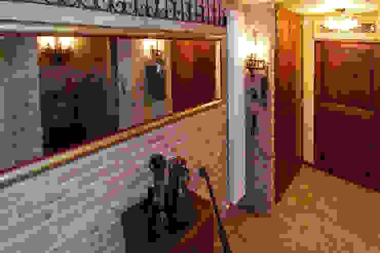 Casale Rustico Cantina in stile rustico di Interior Design Stefano Bergami Rustico