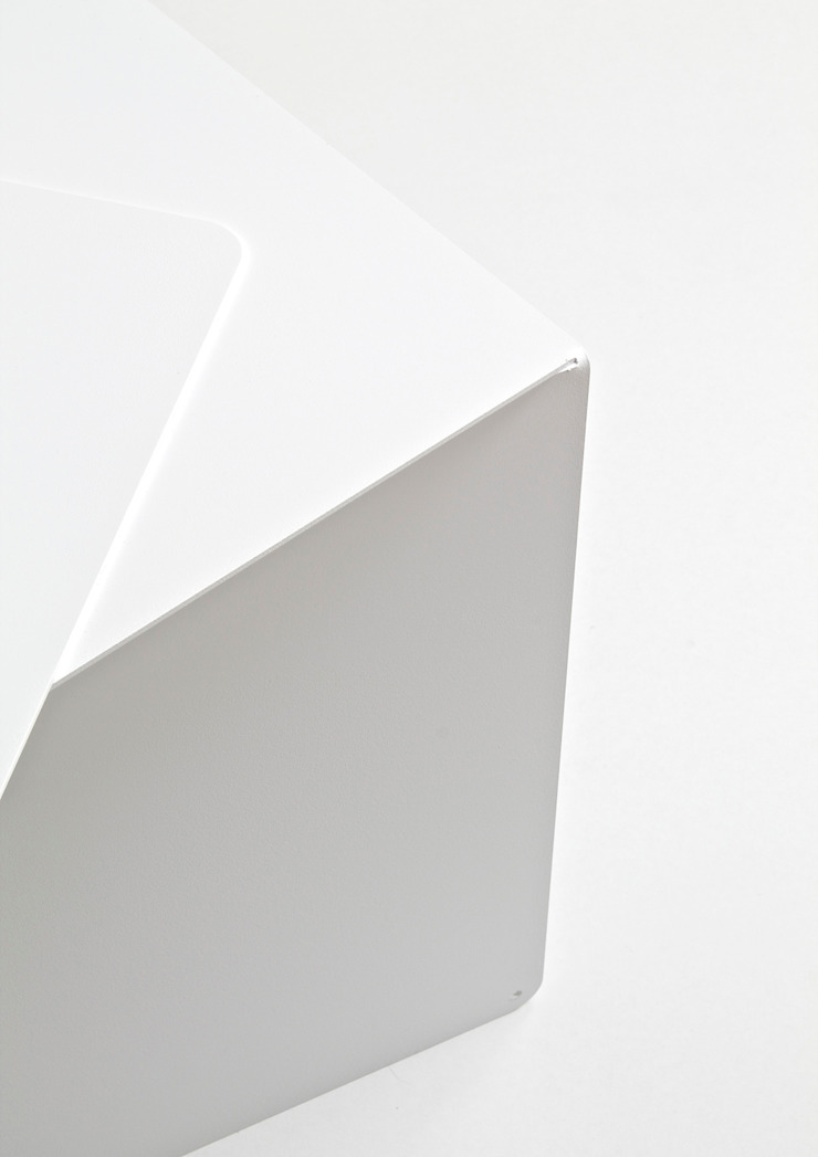 2014 Shift bijzettafel van Oato. Design Office Minimalistisch