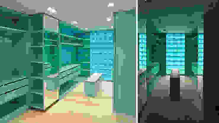 Modern Dressing Room by Tim Diekhans Architektur Modern