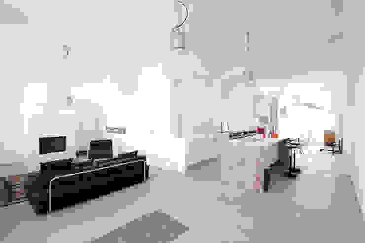 Industrial style living room by Tim Diekhans Architektur Industrial