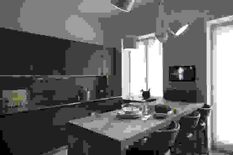 Quindiciquattro Cucina moderna di Studio Fabio Fantolino Moderno