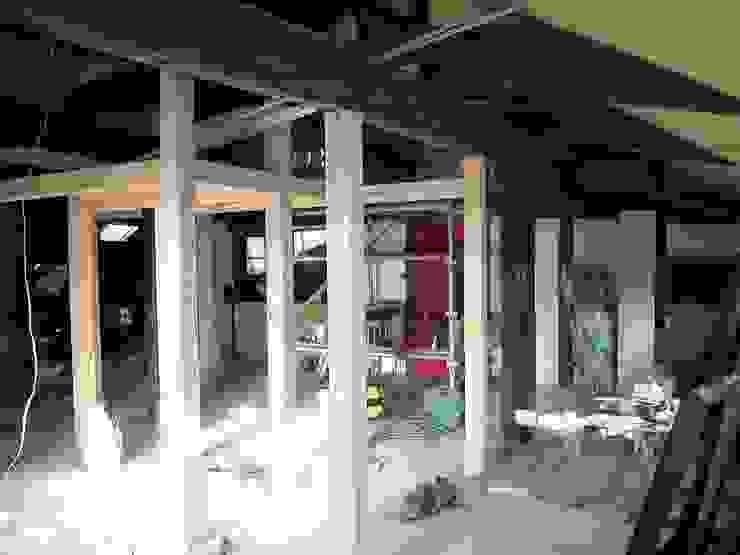 今津の家/町屋再生: 株式会社 長野総合建築事務所が手掛けたクラシックです。,クラシック