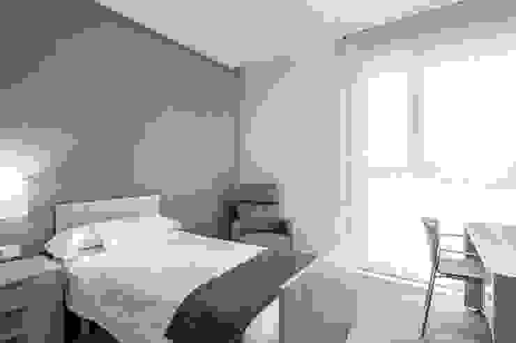 Habitaciones Dormitorios de estilo minimalista de Hernández Arquitectos Minimalista