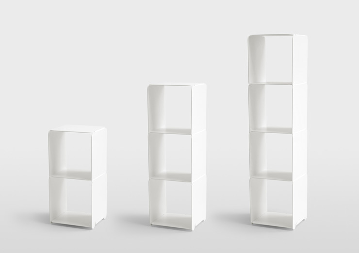 2013 Layer tower shelf od Oato. Design Office Minimalistyczny