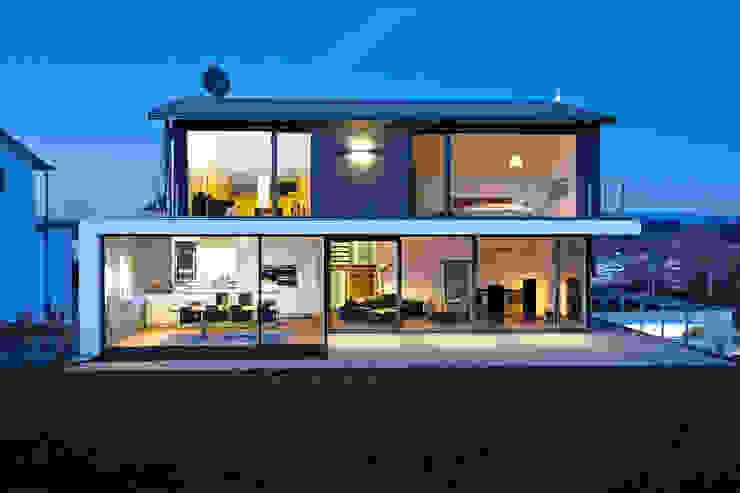 Modern houses by m67 architekten Modern