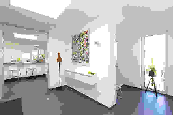 Diele ARCHITEKTURBÜRO SEIPEL Moderner Flur, Diele & Treppenhaus