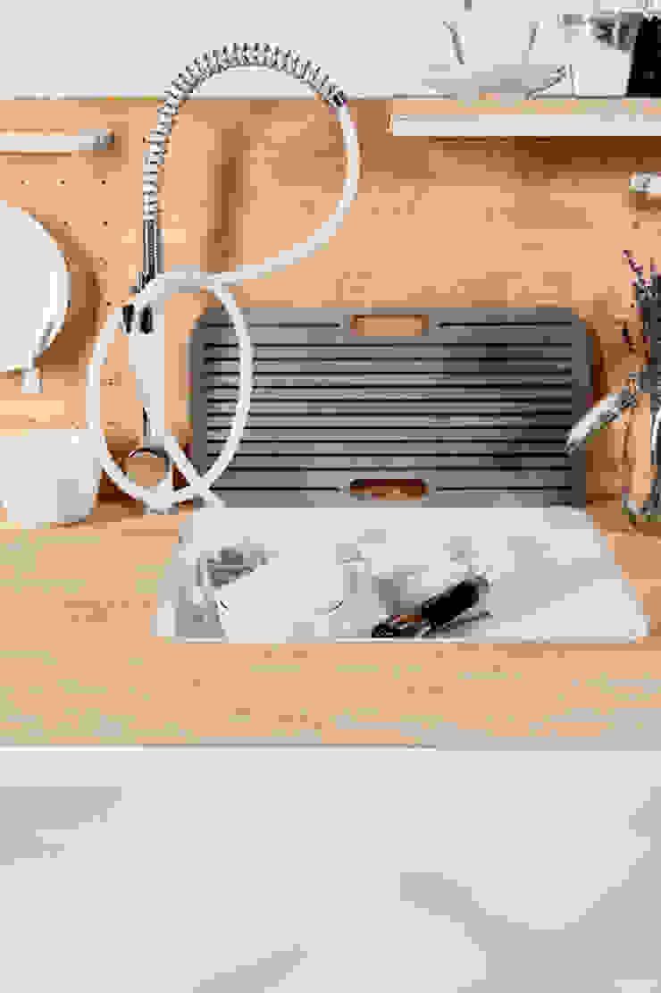 Dirk Biotto – Industrial Design KitchenSinks & taps