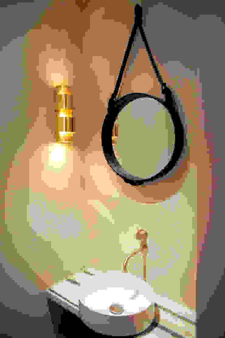 QUEENS van casco kantoor pand naar luxe appartement Eclectische badkamers van Binnenvorm Eclectisch