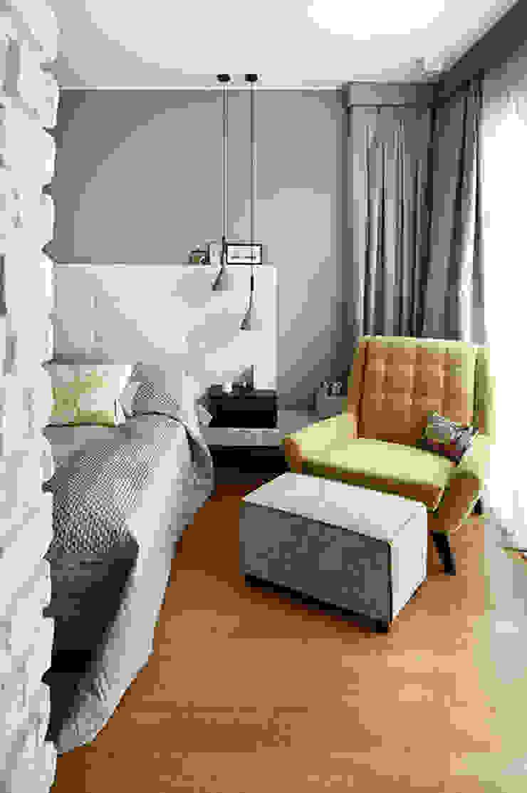 bedroom: modern  by Esra Kazmirci Mimarlik, Modern