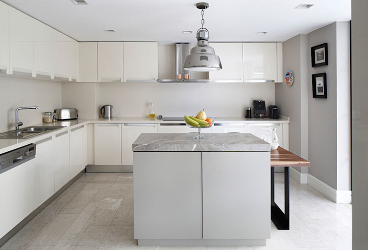 kitchen: eclectic  by Esra Kazmirci Mimarlik, Eclectic