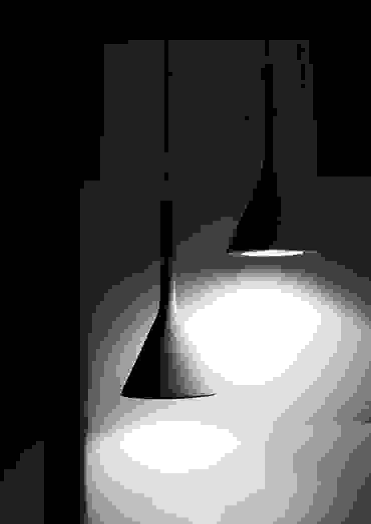lighting: modern  by Esra Kazmirci Mimarlik, Modern