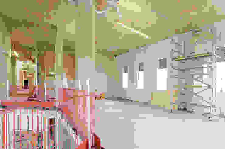 Office Construction Modern office buildings by Graham D Holland Modern
