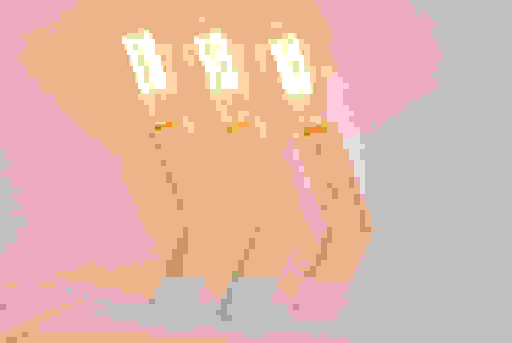 Lámpara de mesa Twistube de Iron and wood Minimalista