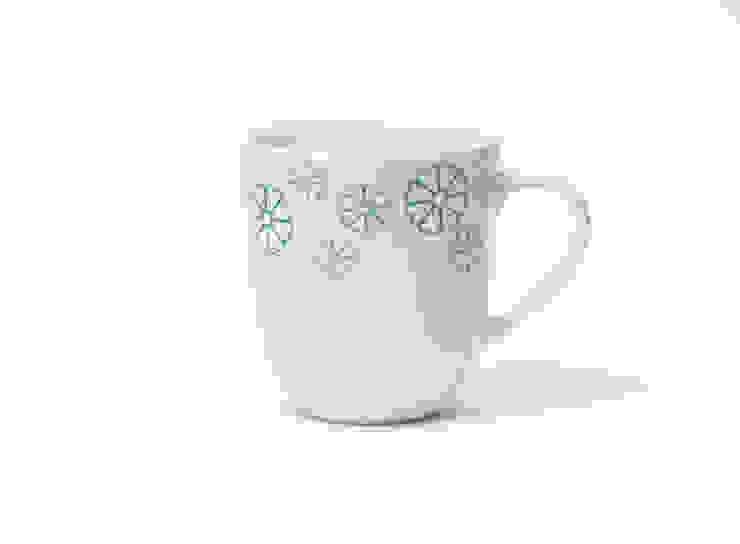 Porcelanowy kubek z kolekcji Makatka Turkus marki Zulana (poj.0.35l) od Zulana Klasyczny
