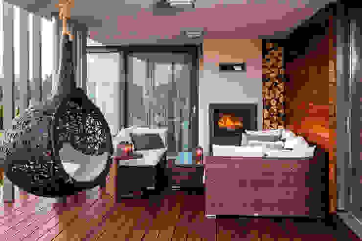 Taras Eklektyczny balkon, taras i weranda od Viva Design - projektowanie wnętrz Eklektyczny