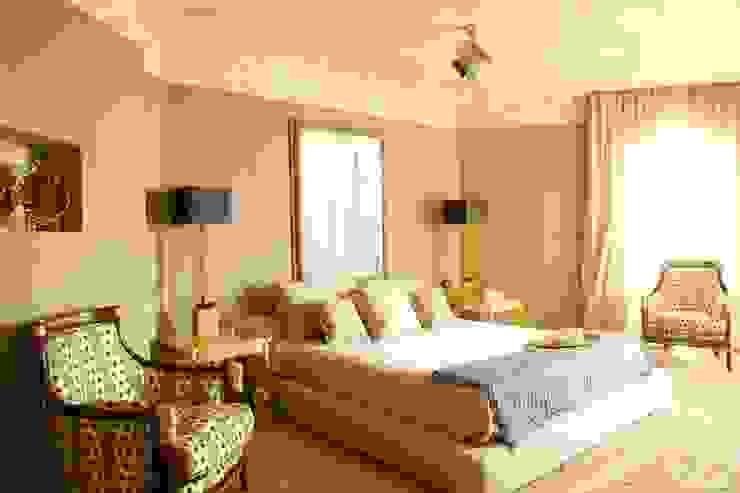 Спальня Спальня в средиземноморском стиле от Галерея Фрейман Средиземноморский