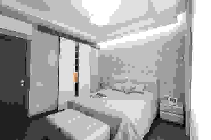 Спальня Спальня в эклектичном стиле от INTERIOR PROJECT studio Эклектичный