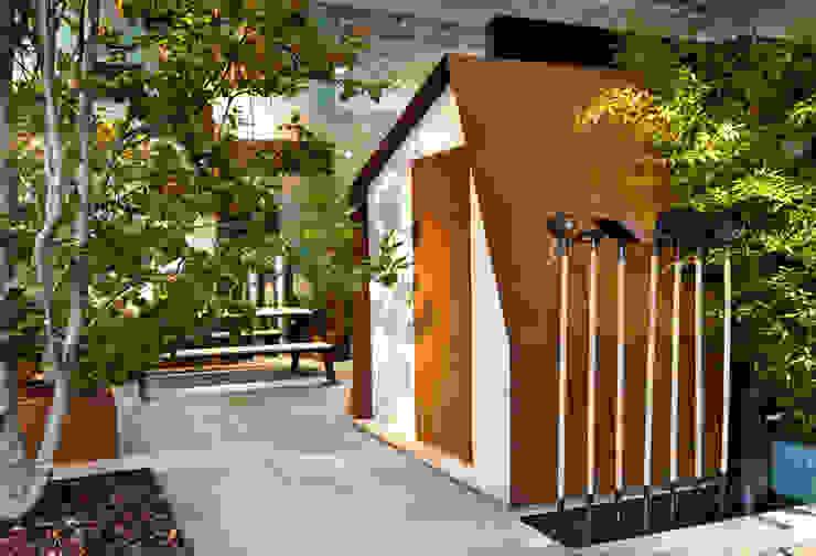 COTTAGE N°1 Giardino moderno di Filippo Pisan Moderno