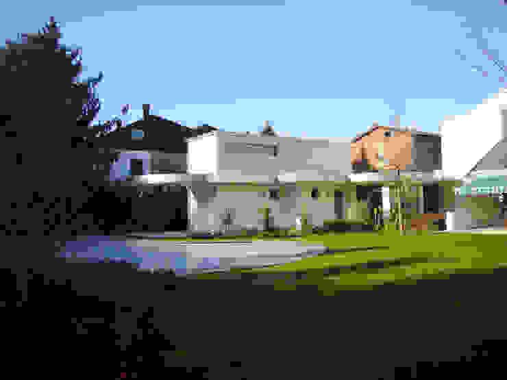 Jardines de estilo moderno de Architetto Caterina Boldrini Moderno