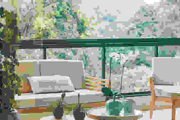 Varanda com vista para mata Varandas, alpendres e terraços modernos por Neoarch Moderno