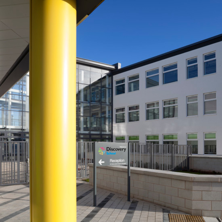 Discovery School, Newcastle Modern schools by Steve Mayes Photography Modern