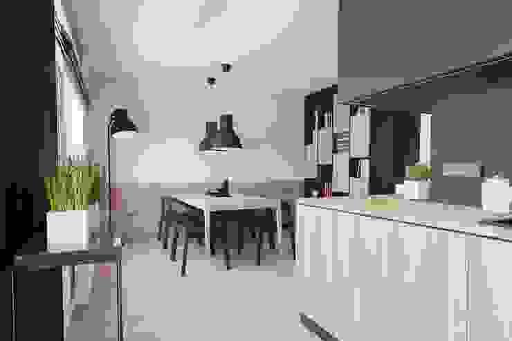 Mieszkanie JM Minimalistyczna jadalnia od 081 architekci Minimalistyczny