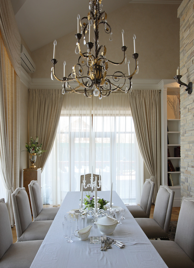 Дом Столовая комната в классическом стиле от проекты\ projects Классический