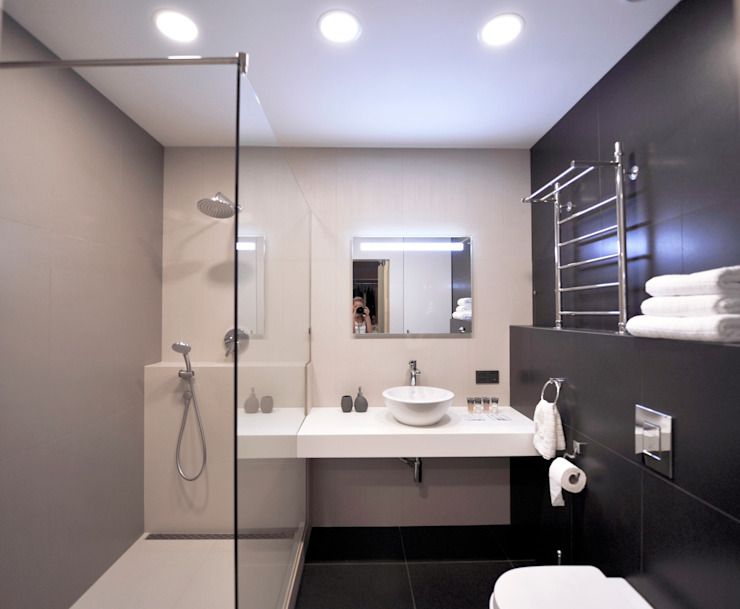 Elena Arsentyeva Modern bathroom