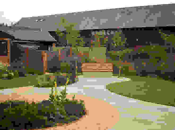 Barn Conversion Garden After 1 by Sylvan Studio