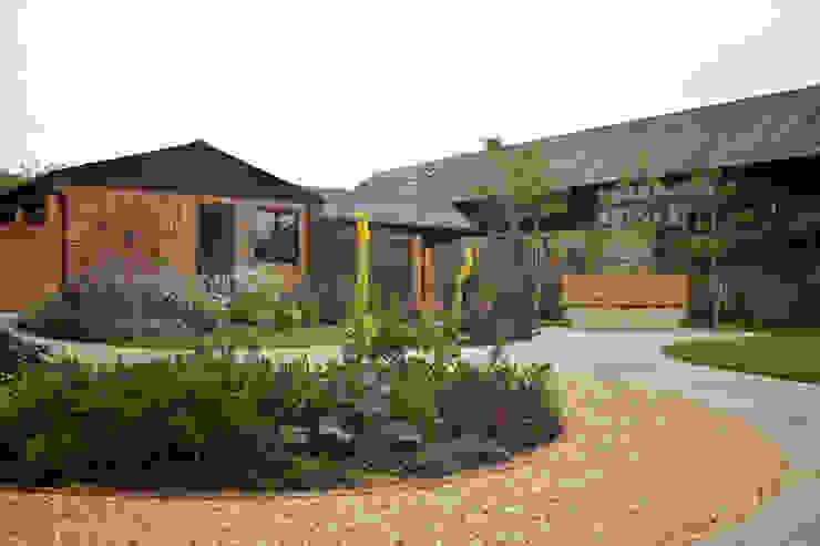 Barn Conversion Garden After 2 by Sylvan Studio