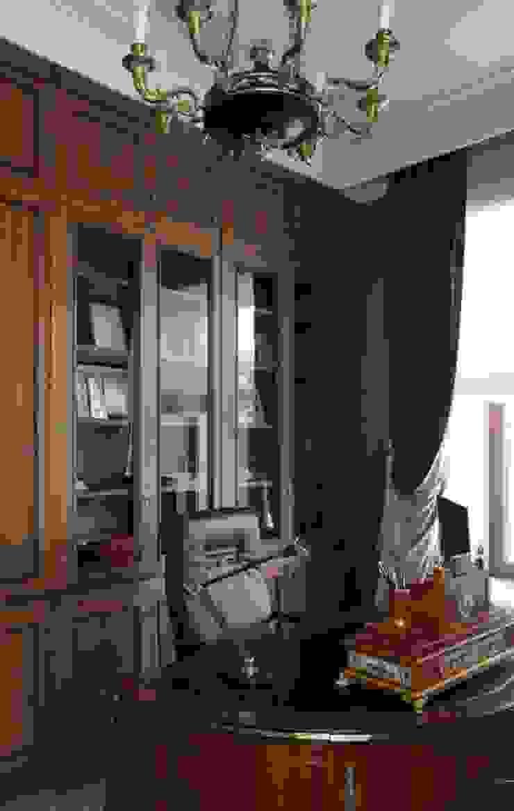 Дом Рабочий кабинет в классическом стиле от проекты\ projects Классический