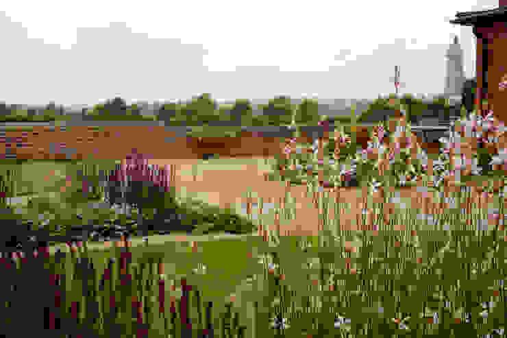 Barn Conversion Garden After 4 by Sylvan Studio
