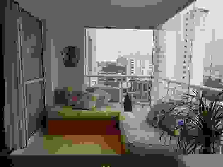 Varanda Varandas, alpendres e terraços modernos por Compondo Arquitetura Moderno