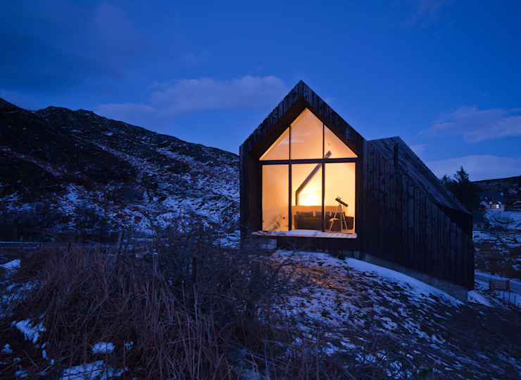 House At Camusdarach Sands West Elevation [Dusk] Modern houses by Raw Architecture Workshop Modern