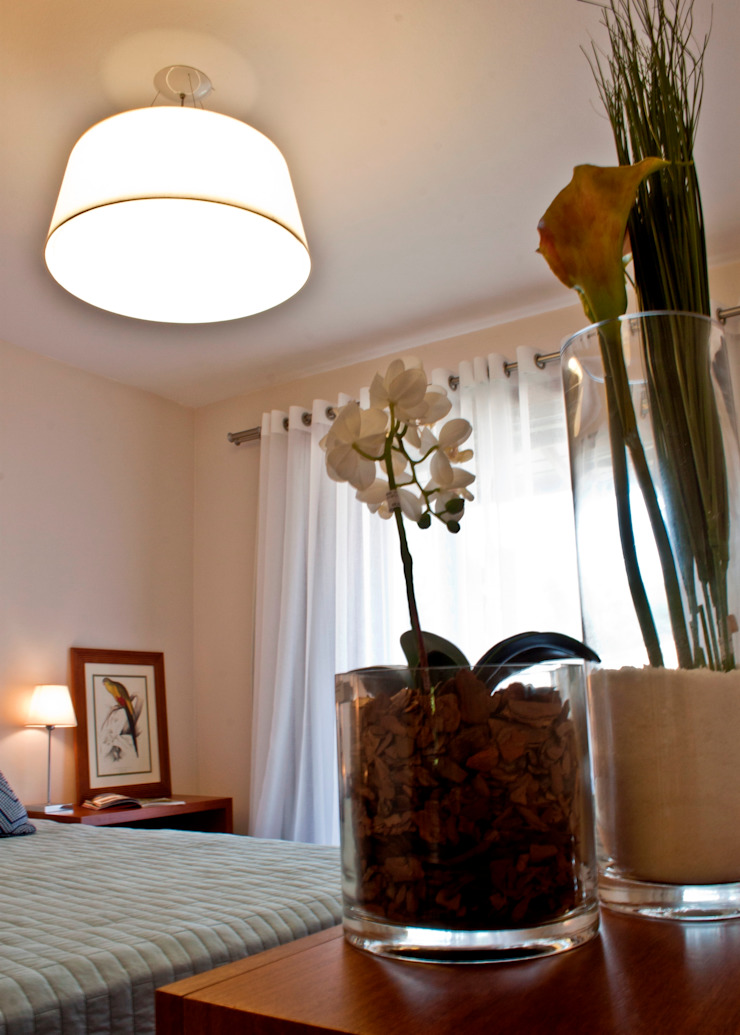 Residência Cond. Porto e Veleiros Ibiúna/SP por Renata Romeiro Interiores Clássico