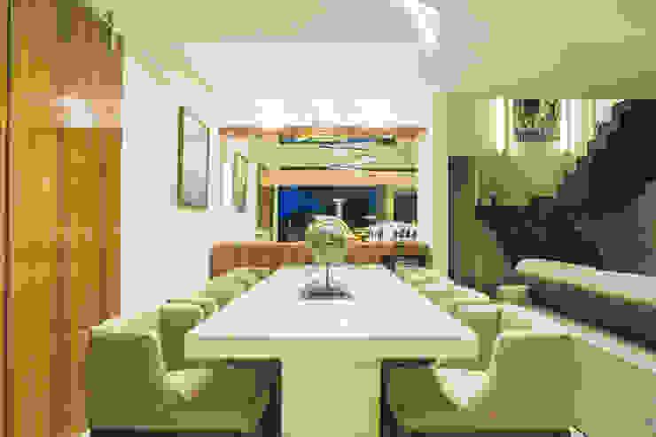 Sala de jantar Salas de jantar modernas por Neoarch Moderno